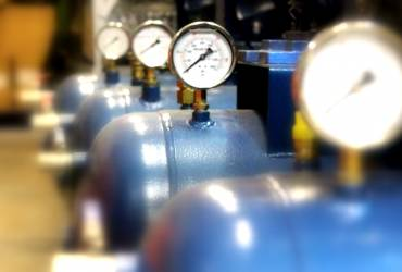 Instalación de equipos de aire a presión para profesionales e industria